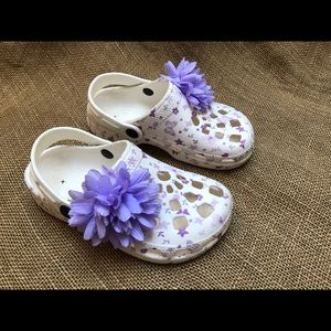 Other - EUC White Clogs with Purple Flower 29 11